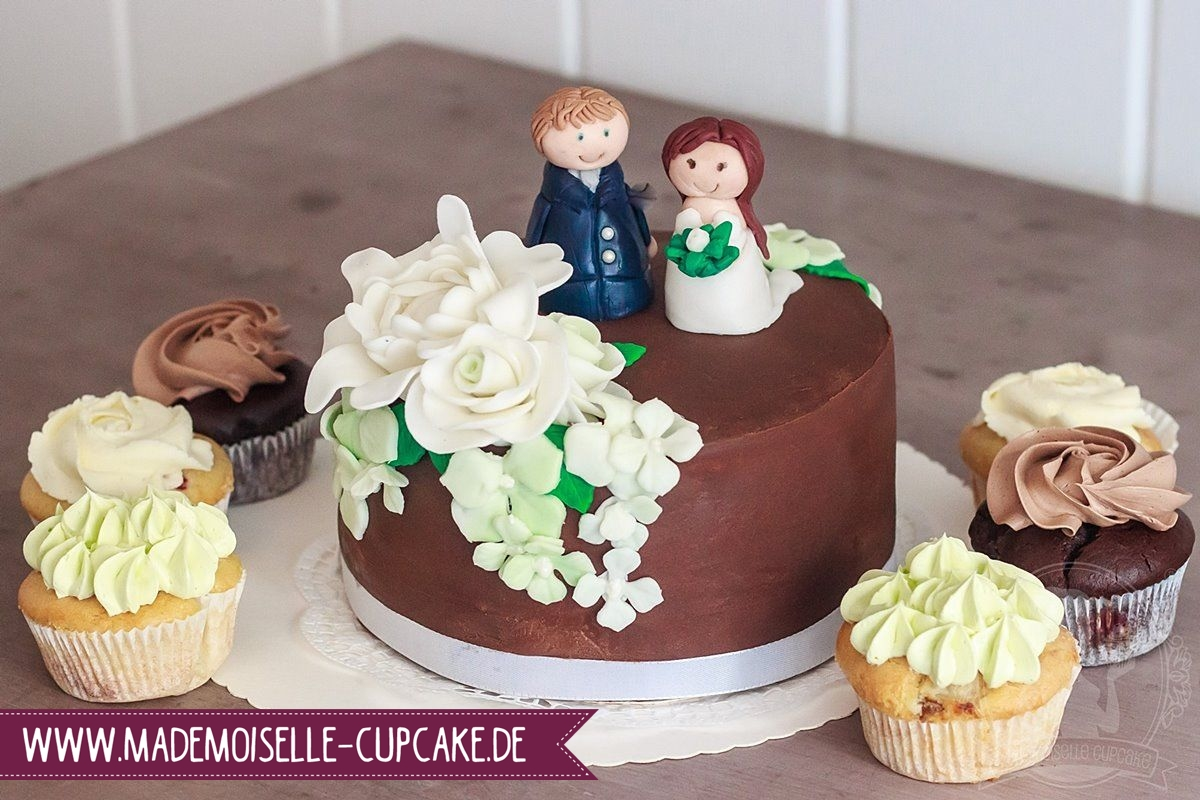 gr n liebt wei mademoiselle cupcake. Black Bedroom Furniture Sets. Home Design Ideas