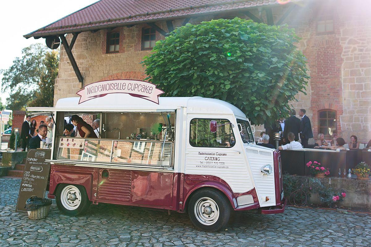 Food Truck Cupcake Hochzeit Geburtstag Mobile Kaffeebar Catering Citroen HY Food-Truck Mademoiselle Cupcake Magdeburg Braunschweig Stendal Dessau Halberstadt Quedlinburg Tangermünde Wanzleben Irxleben