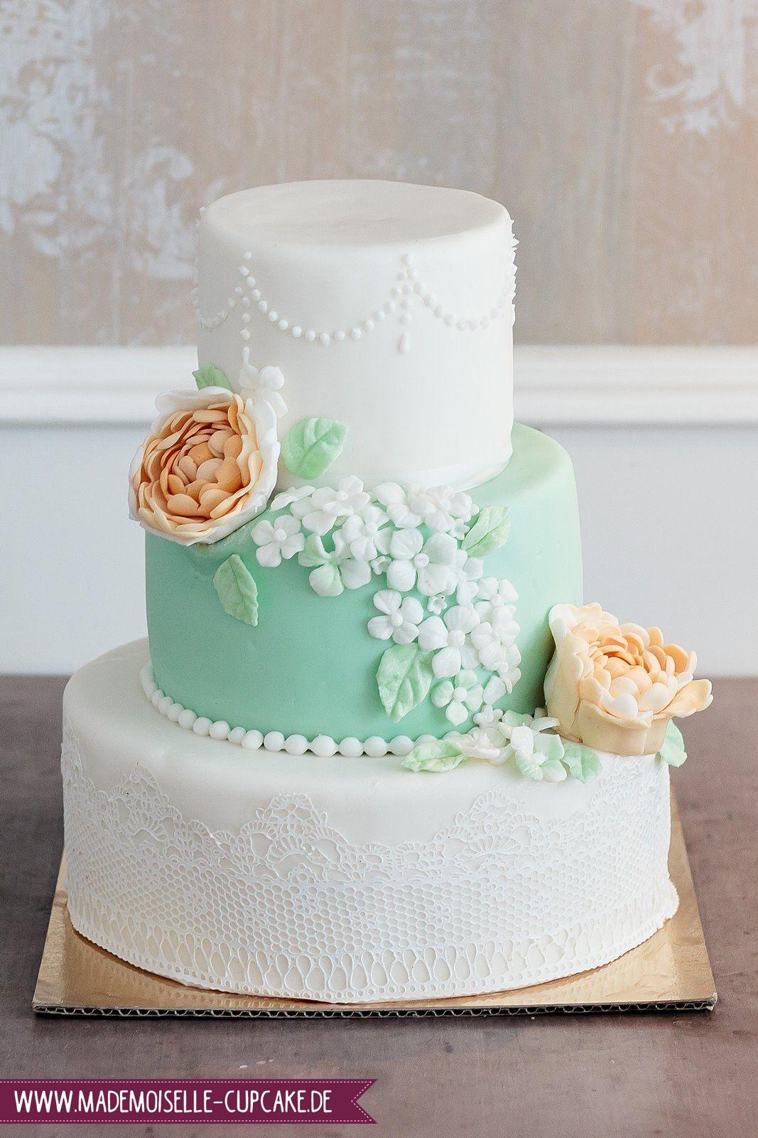 Mint Liebt Apricot Mademoiselle Cupcake
