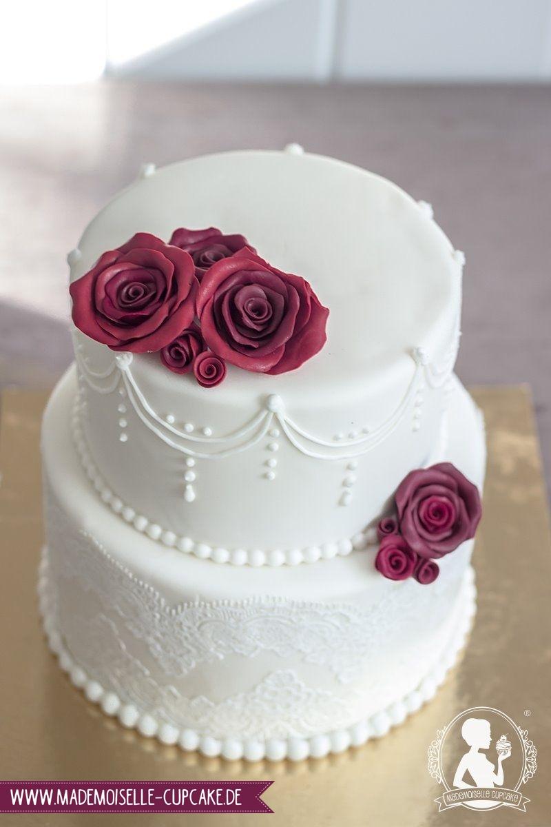 Bordeaux Mademoiselle Cupcake