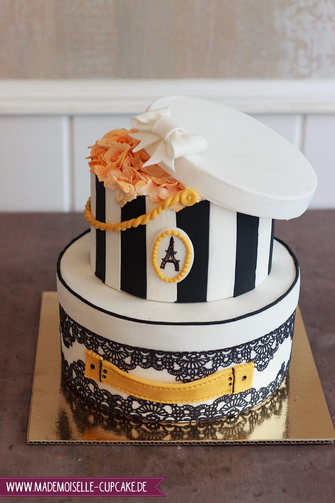 Vintage Hutbox Mademoiselle Cupcake