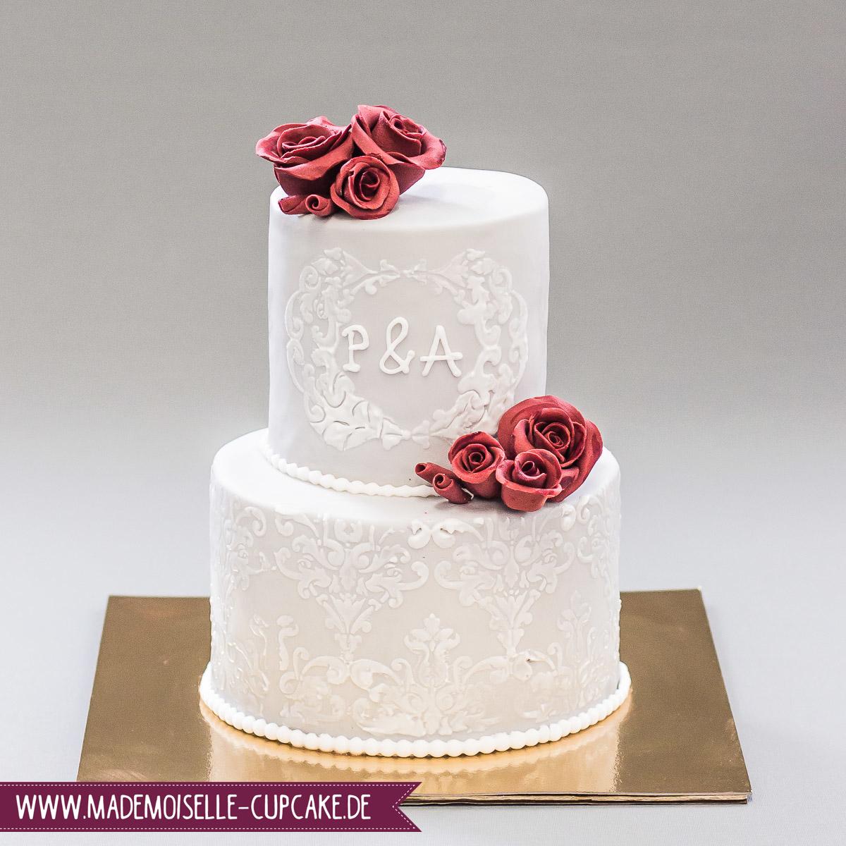 Hochzeitstorte In Grau Mademoiselle Cupcake